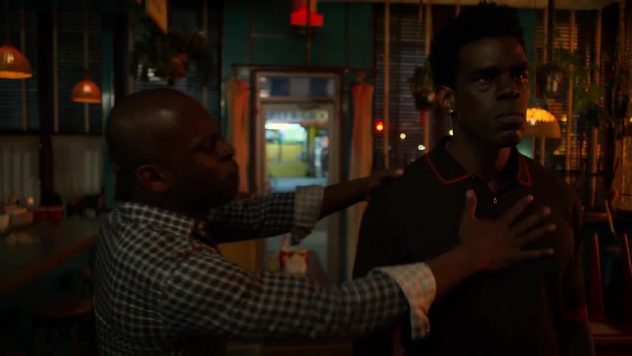 Marvels.Luke.Cage.S02E06.1080p.WEB.x264-METCON.mkv.mp4