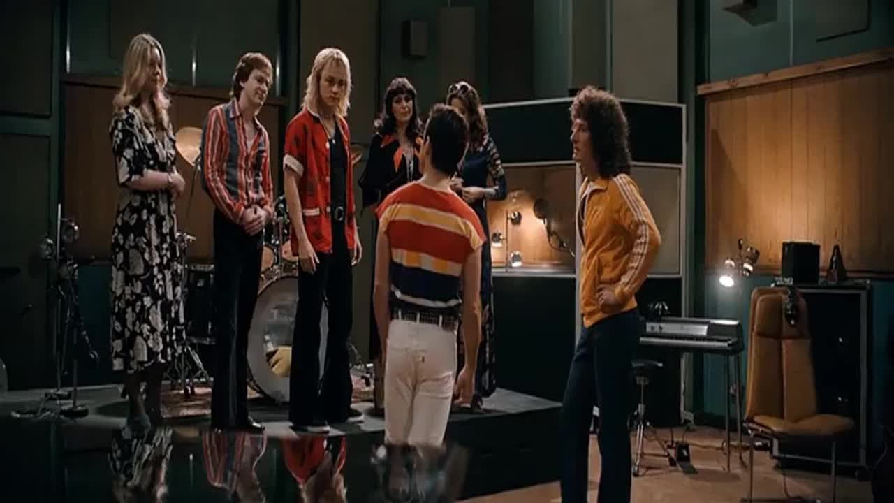 Bohemian Rhapsody 2018 DVDScr.mp4